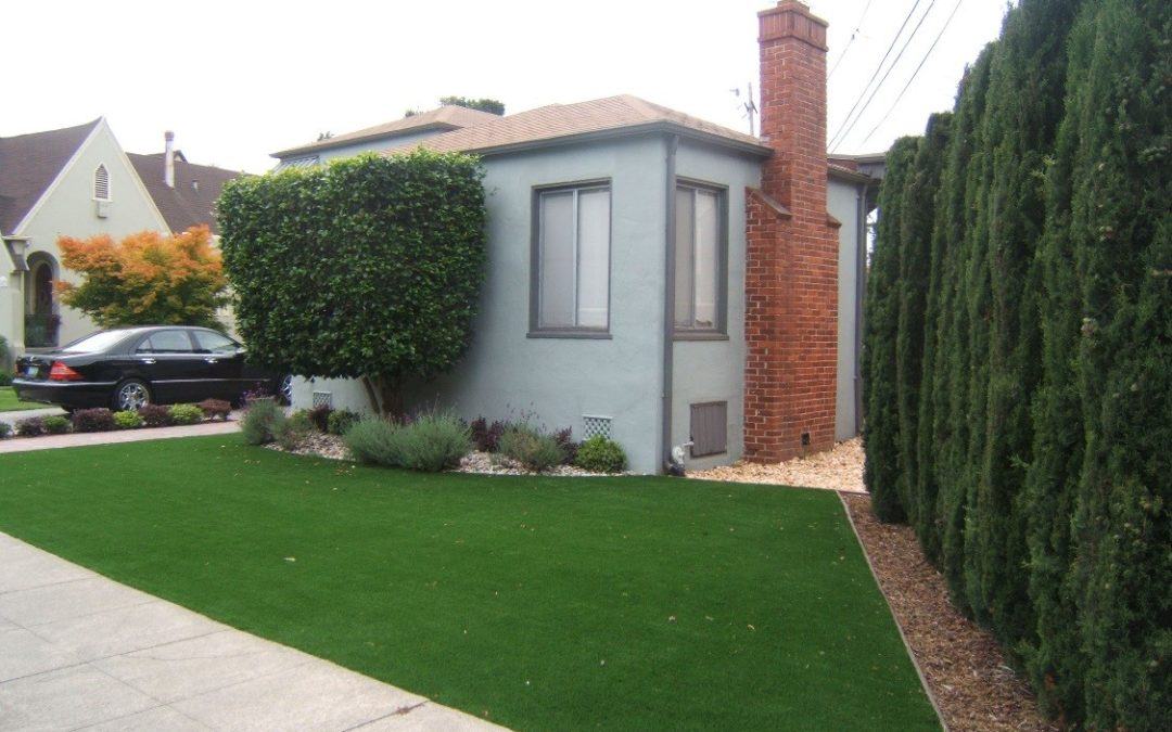 The Advantages of Using Artificial Turf for Well-Maintained Landscaping All Year-Round