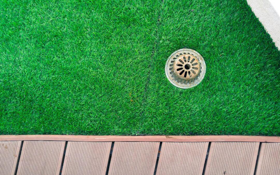 pee odor drainage synthetic turf